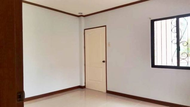House for Rent 4 Bedrooms in A.S Fortuna, Mandaue City - 3