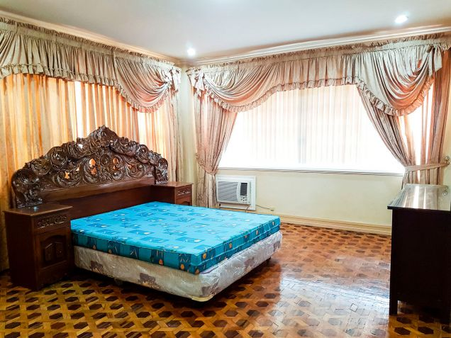 Spacious 7 Bedroom House for Rent in North Town Homes - 8