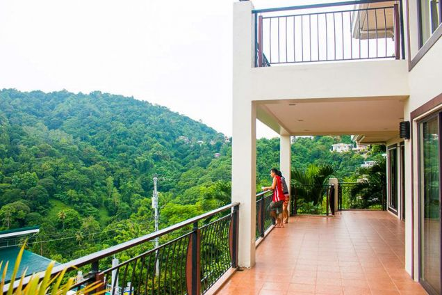 3 Bedroom House Overlooking Cebu for Rent in Busay - 5