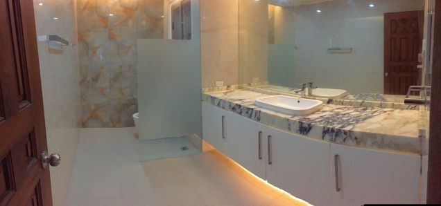 South Forbes Village, Four (4) Bedroom House for Rent in Makati, LA: 2500 sqm, FA: 1000 sqm - 4