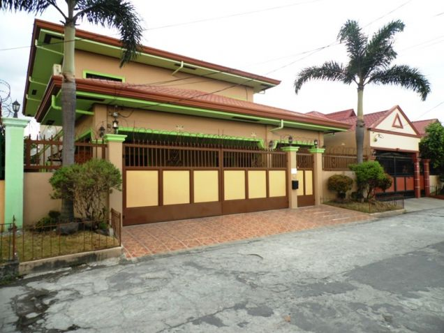 6 Bedroom W/ Pool Semi-Furnished House & Lot For RENT In Angeles City Near To Clark Free Port Zone - 0
