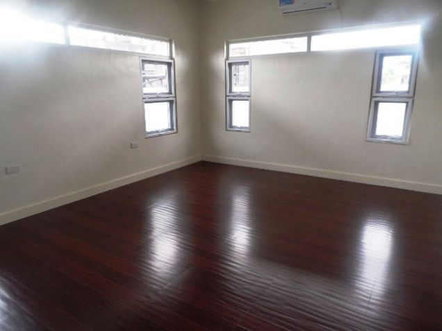 Spacious House with Lap pool For rent -110K - 5