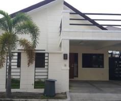3 bedrooms for rent near SM CLARK ---- P 35K - 0