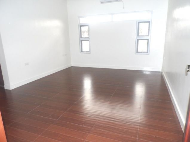 4 Bedroom House with Swimming pool for rent - 100K - 7