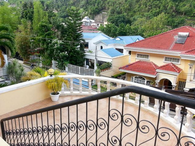 5 Bedroom House with Swimming Pool for Rent in Maria Luisa Cebu - 1