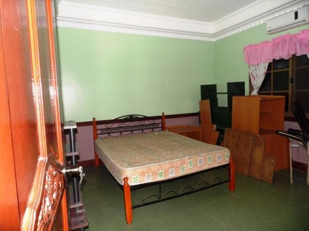 Two Storey House for rent with 6 bedrooms in pool in Hensonville - 5