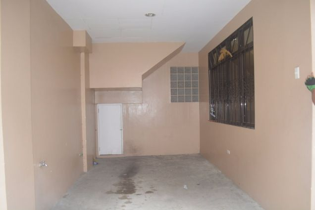 Lahug 2 storey townhouse with 3 spacious bedrooms unfurnished P25K - 1