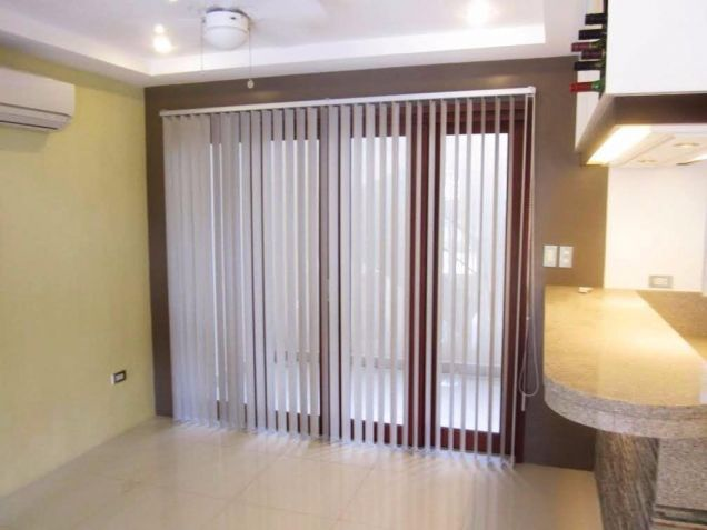 4 Bedroom 3 storey town house and lot for Rent in angeles city - 6