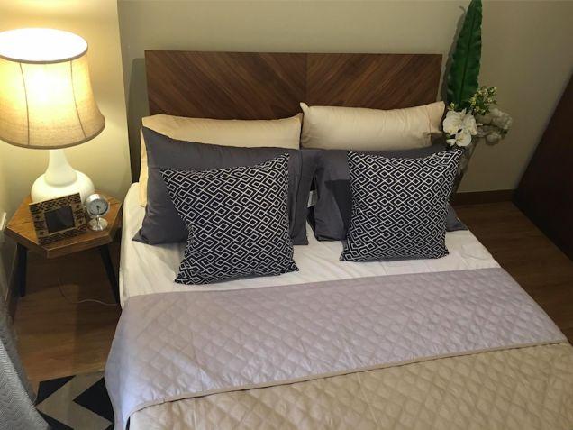 Cheap 2 bedroom Condo Unit Near Eastwood Ayala Mall Ateneo LRT - 8