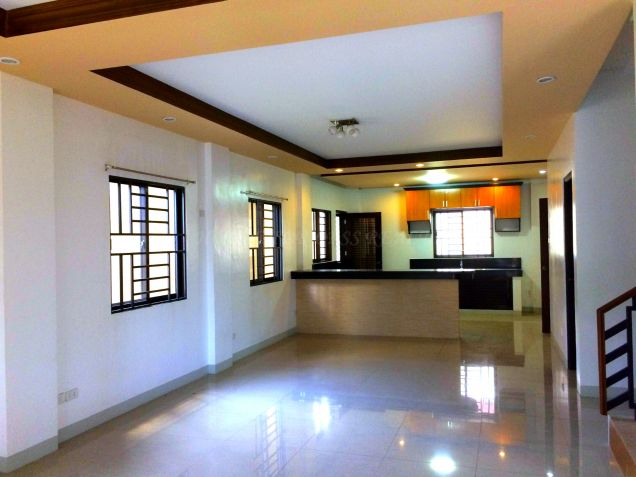 For Rent Three Bedroom House In Angeles City - 6