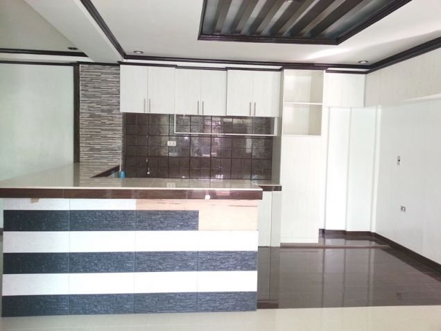 7 Bedroom House with Huge Swimming pool for rent - 80K - 1