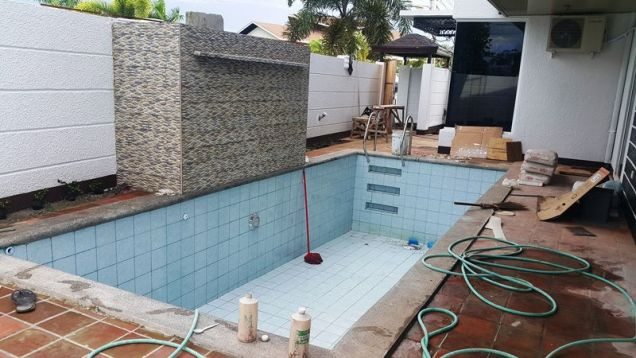 10 Bedroom House with swimming pool for rent - 160K - 5