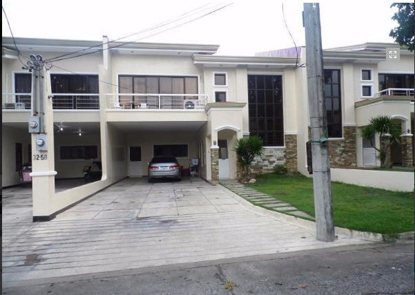 Town House with 4 Bedrooms inside a Secured Subdivision for rent @ 35k - 4