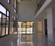 2 Storey House with Swimming pool for rent - 80K - 4