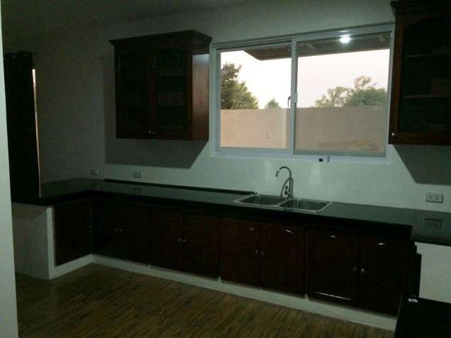 2-Storey Brandnew Modern House & Lot For   Rent Or Sale In San Fernando,Pampanga - 9