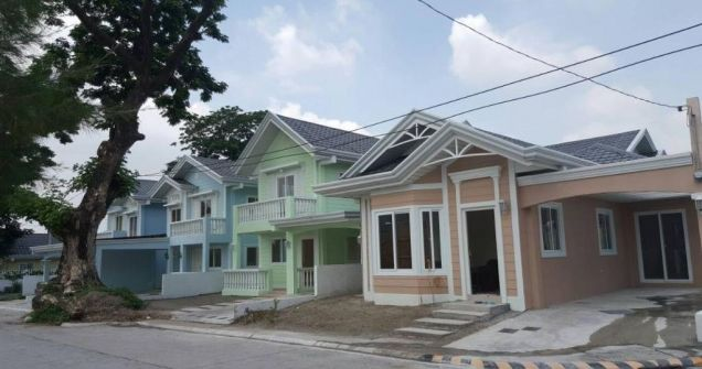 Bungalow House with 3 Bedrooms for rent - 25K - 0