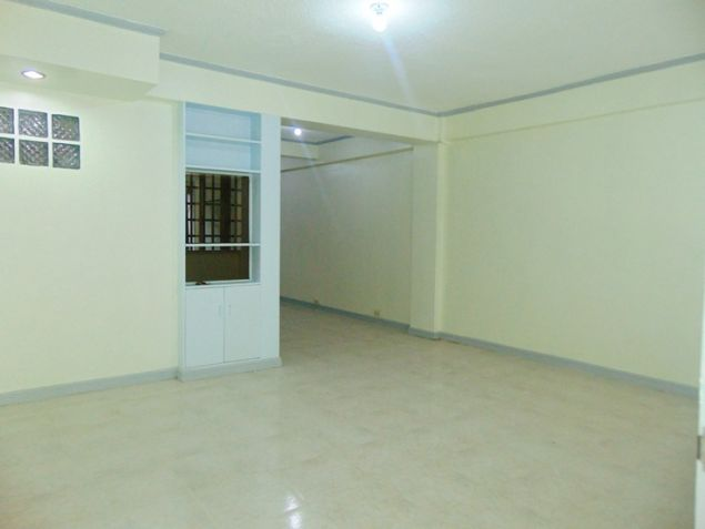 Apartment for rent in Mabolo Cebu City with 4 Bedrooms Unfurnished - 9