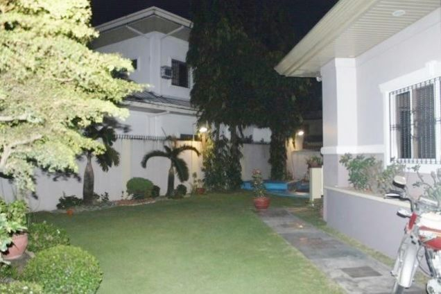 Huge House for Rent with Private Swimming Pool in Angeles City - 7