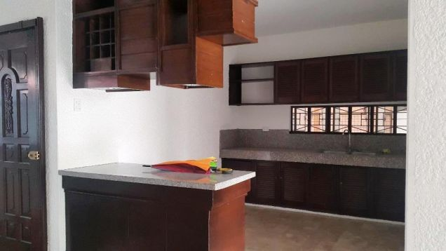 4Bedroom Bungalow House & Lot For Rent In Balibago,Angeles City... - 3