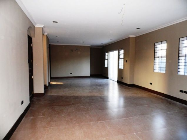 4Bedroom House & Lot For Rent In Friendship Angeles City Near Clark - 9