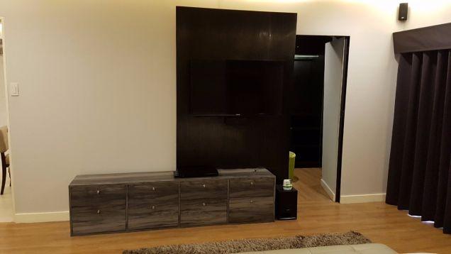 JS - For Sale: 2 Bedroom Unit in Cedar Crest, Acacia Estates by DMCI, Taguig - 1