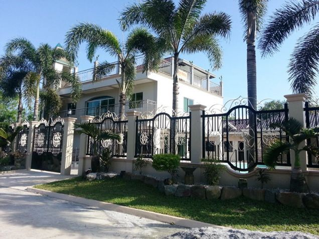 Unfurnished Nice House w/ 8 Bedroom For Rent in Angeles City, Pampanga –150K - 0