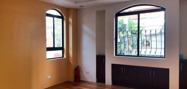 3 Bedroom House for Rent in San Lorenzo Village Makati(All Direct Listings) - 1