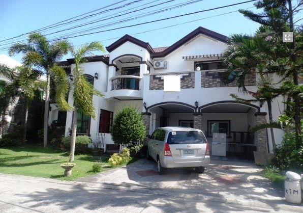 For Sale House And Lot With Swimming Pool In Friendship