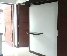 Nice House and lot with 3 Spacious Rooms for rent - 40K - 9