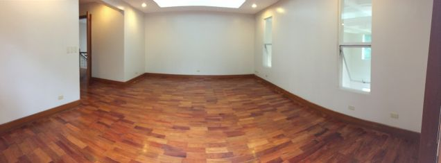 South Forbes Village, Four (4) Bedroom House for Rent, LA: 2400 sqm, FA: 820 sqm - 8