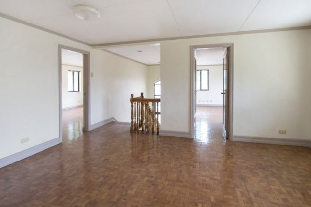 Unfurnished 4 Bedroom House for Rent in Maria Luisa Park - 2