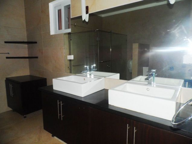 Furnished House & Lot With Pool For RENT In Hensonville Angeles City... - 6