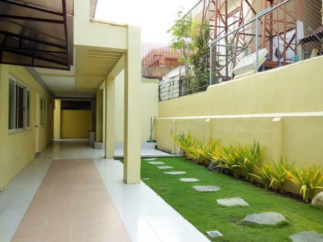 Spacious 7 Bedroom House for Rent in Cebu Banilad - 2