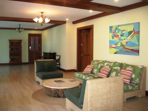 Large House for Rent with Swimming Pool in Banilad Cebu City - 1