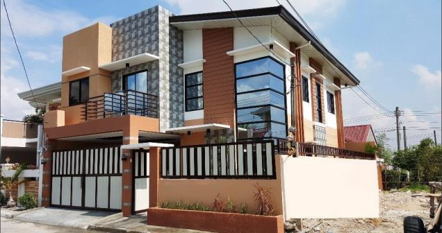 For Rent New House In Angeles City With Four Bedrooms - 0
