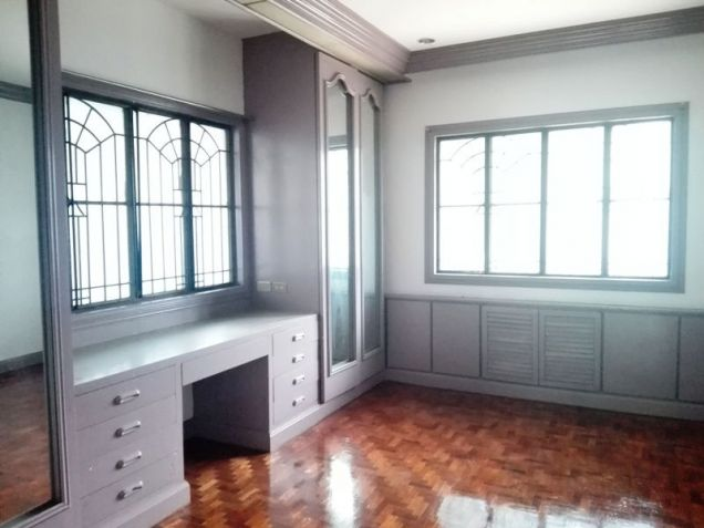 600sqm Bungalow House & Lot For Rent In Angeles City Near Nepo Mall - 7