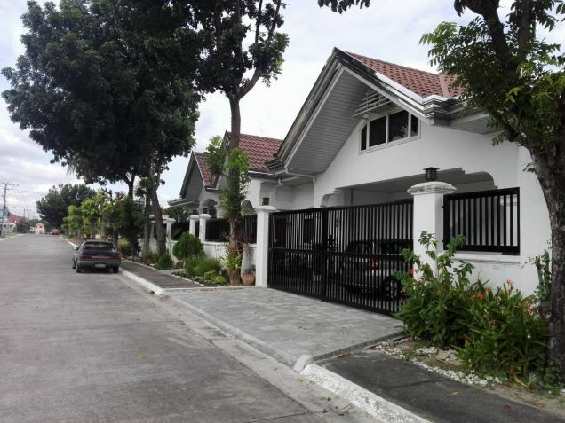 Four Bedroom House and Lot For Rent in Pandan - 2