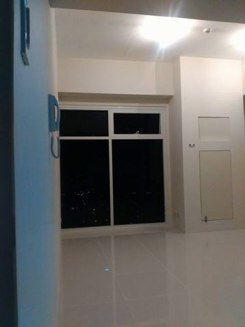 Brand New Studio Unit at The Currency - 1
