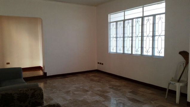 Bungalow House with Spacious yard in Friendship For Rent - @P28K - 3