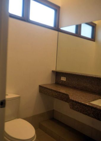 4 Bedroom Stylish House for Rent in Urdaneta Village, Makati City(All Direct Listings) - 5