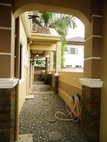 3BR For rent in Hensonville Angeles City - 55K - 5