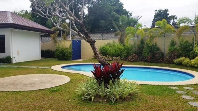 3 Bedroom Elegant Spacious House and Lot with pool  for Rent in Angeles City - 7