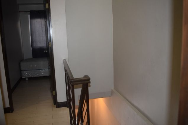 3 BEDROOMS FURNISHED TOWNHOUSE 15 MIN WALKED TO AYALA CENTER - 2