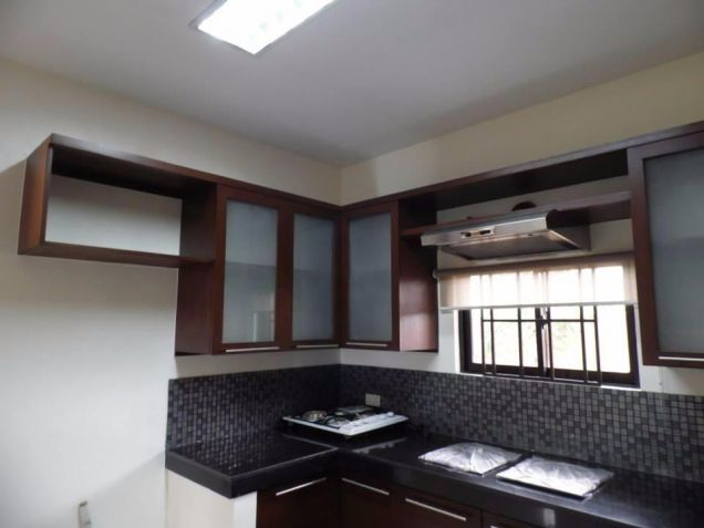 For Rent Furnished Two Story House In Angeles City - 3