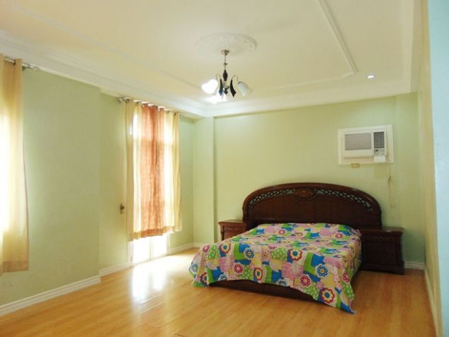 Fully Furnished House with 6-Bedrooms For Rent in Banawa, Cebu  City - 3