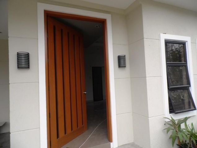 Unfurnished 4 Bedroom For Rent in Angeles City - 6