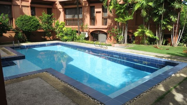 House for rent in Cebu City, Northtown Homes 6-br with swimming pool - 3