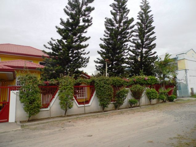 2 Storey with Swimming Pool House and Lot for RENT in Mabalacat Pampanga - 8
