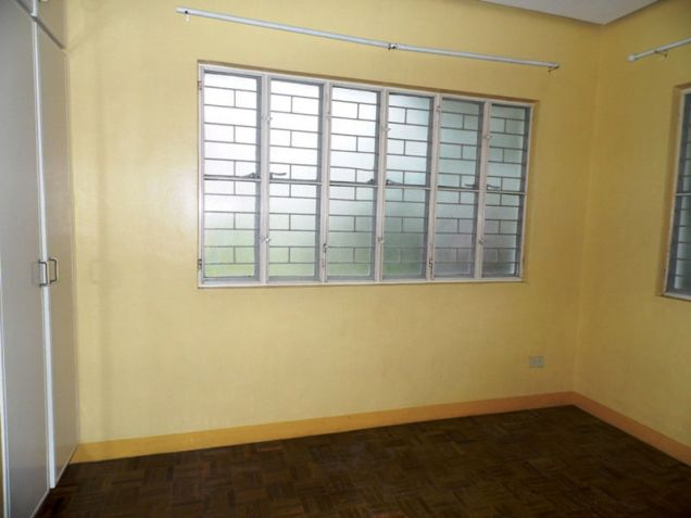 House and Lot for Rent in Cutcut Angeles City - 4