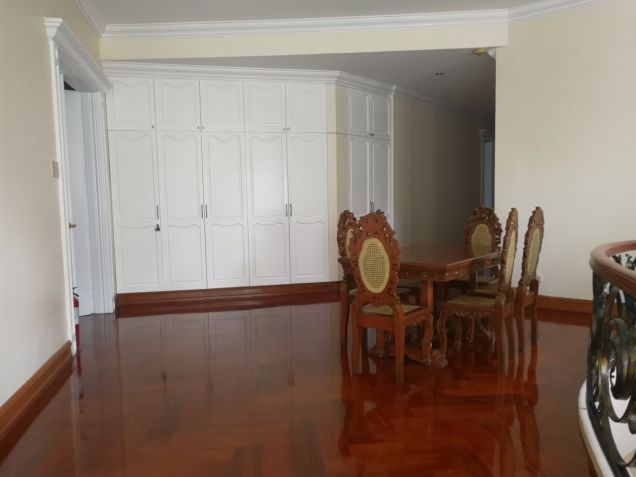 For Rent Renovated 5 Bedroom House and Lot Urdaneta Village Makati City - 6